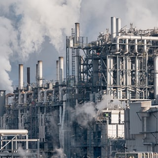 reducing-fugitive-emissions-chemical-refining-industries