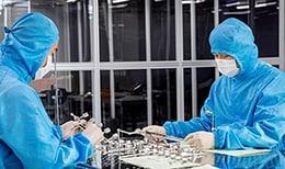 Компоненты жидкостных и газовых систем Swagelok изготавливаются из материалов, предназначенных для длительной эффективной работы в условиях производства полупроводников.